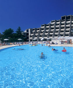 Zagreb-Hotel-pool